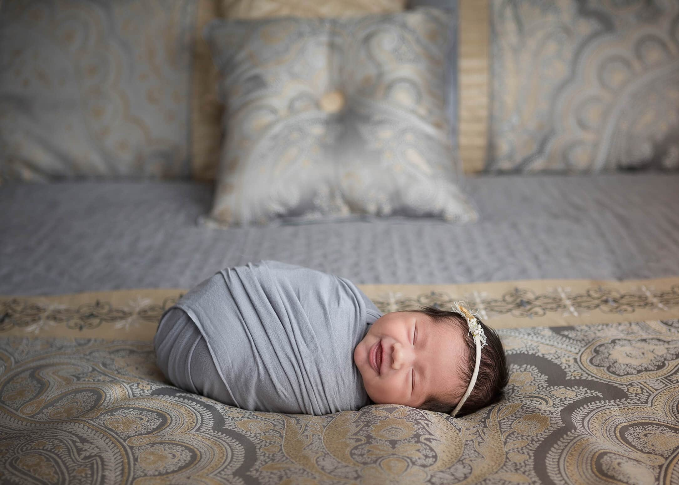 maternity photography and newborn portrait session at home in Texas