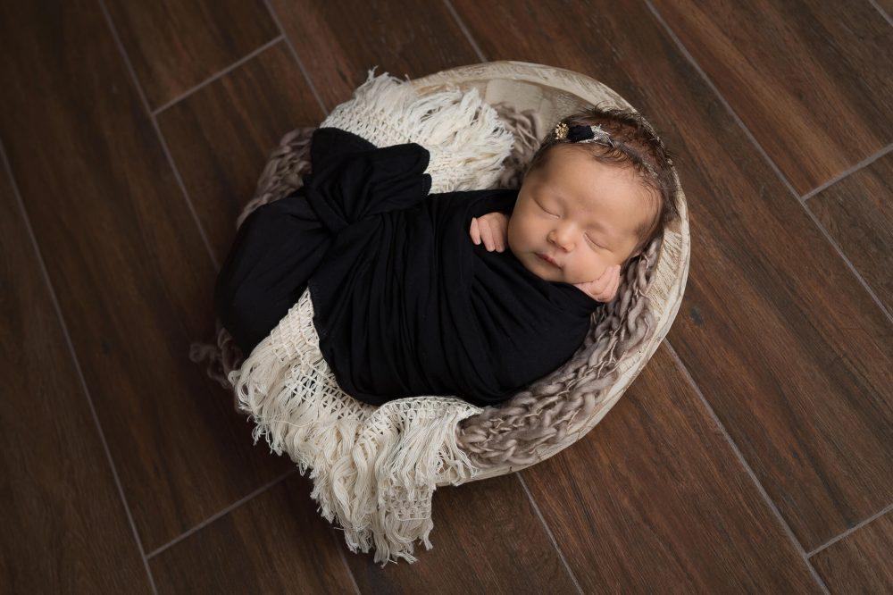 black wrap with fringe newborn photographer san antonio